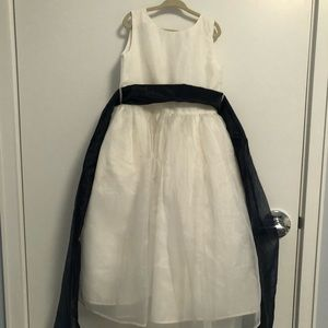 US angels white and navy dress (used)